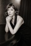スザンヌ・ヴェガ、代表曲「ルカ」などをニューヨークでライヴ・レコーディングした新作を発表