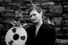 スコットランドの作曲家、アーランド・クーパーがアルバムの音源テープを地中へ 2024年に発掘してリリース