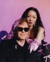 リナ・サワヤマ、エルトン・ジョンとのコラボ・シングルをリリース