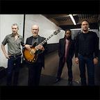 ジョン・スコフィールがウーバージャム・バンドを率いて5月に来日公演開催