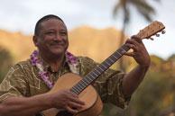 ハワイ音楽界の実力派、アーニー・クルーズ Jr.のライヴにDef Techが登場