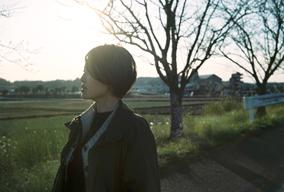 酒井尚子がデビュー・アルバム『THE LIGHT』をリリース 石若 駿、黒田卓也らが参加