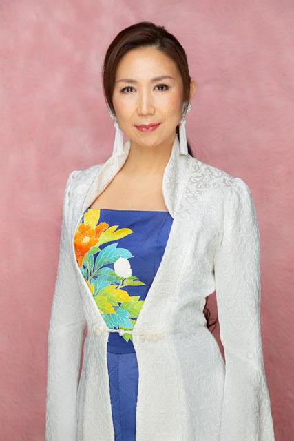 高橋洋子(Singer)