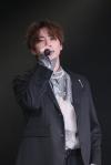 U-KISSのJUN、ソロ初のミニ・アルバムをリリース バースデー・イベントのサプライズで思わず涙