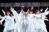 """欅坂46、笑顔と涙あふれたラスト・ライヴで5年間の歴史に幕 新たな坂を駆け上がる""""櫻坂46""""が誕生"""