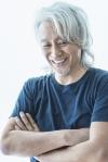 玉置浩二、6年振りのニュー・アルバムをリリース アーティストに提供した楽曲を珠玉の歌で贈る