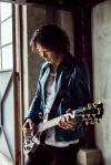 斉藤和義、「じゅん散歩」の新テーマ曲として書き下ろした新曲「純風」が配信開始&MV公開