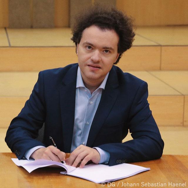 【音楽】現代屈指のピアニスト、エフゲニー・キーシンがドイツ・グラモフォンと専属契約を締結